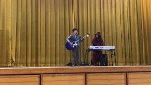 ギター弾き語り(12歳) あとひとつ(ファンキーモンキーベイビーズ)/メロディ(玉置浩二)カバー